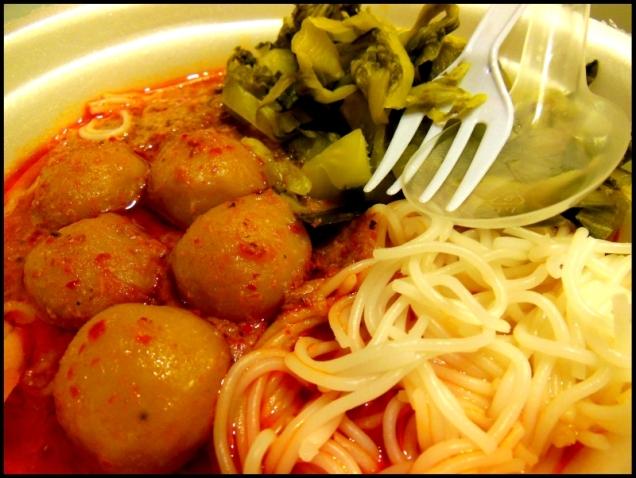 Zupa Tom Yum, którą po polsku nazywam mniam mniam